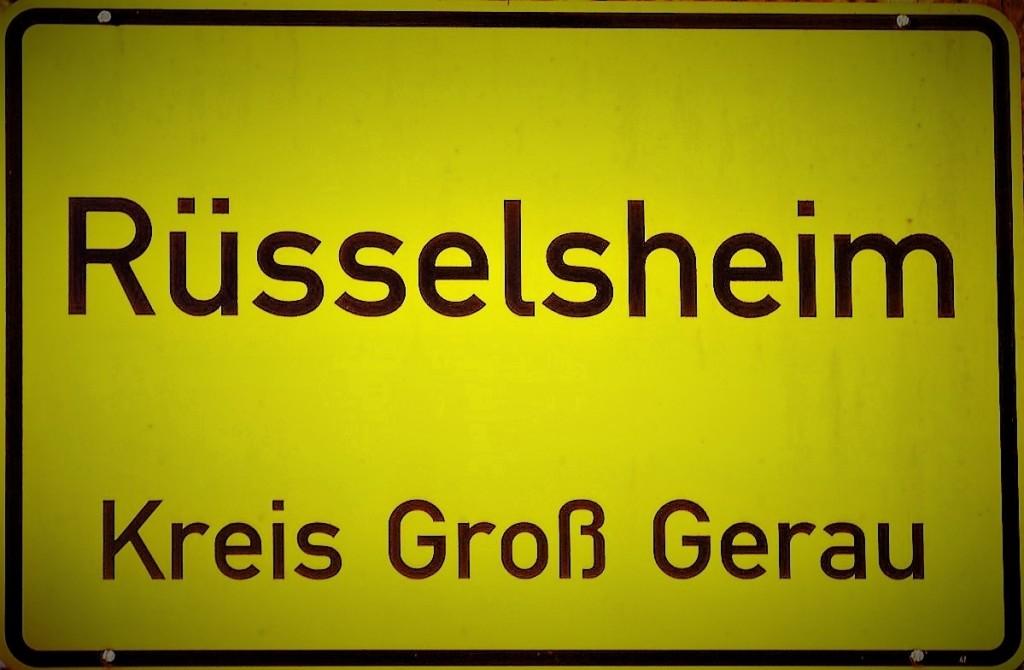 Rüsselsheim Ortsschichild