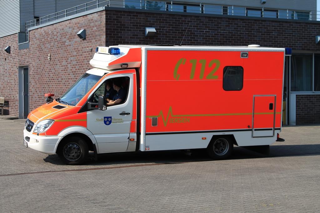 rettungswagen photo