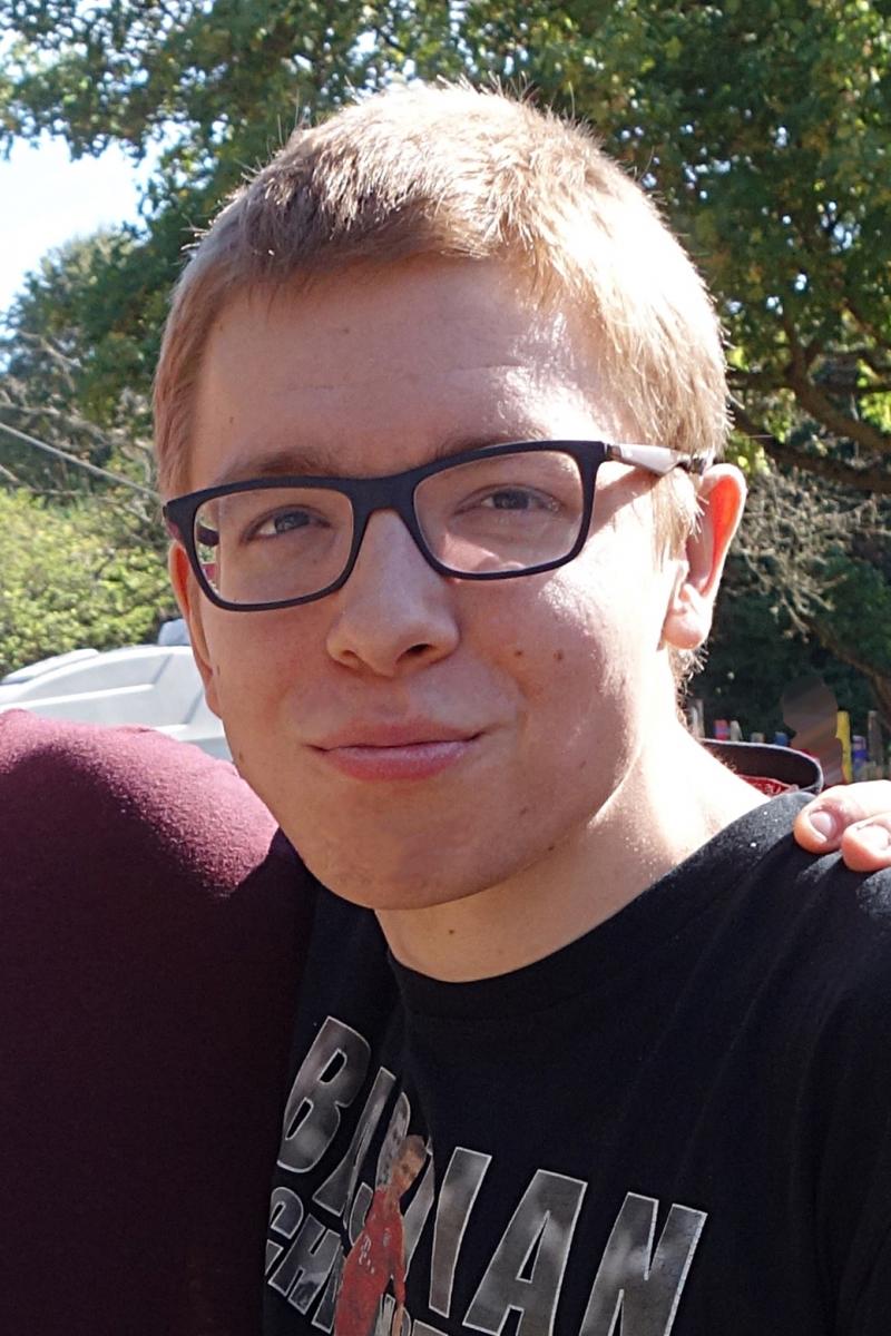 Vermisstenfahndung 21-jähriger Maximilian S. aus Hofgeismar