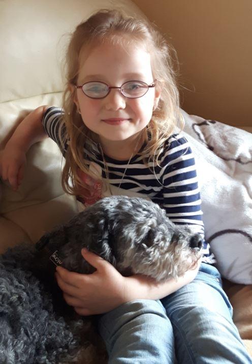 6-jährige Laura Gnacik aus Moers