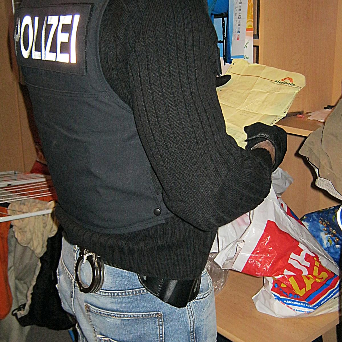 Polizei Razzia