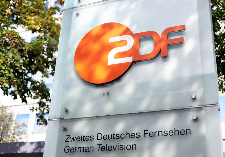 Zdf Team In Berlin Angegriffen